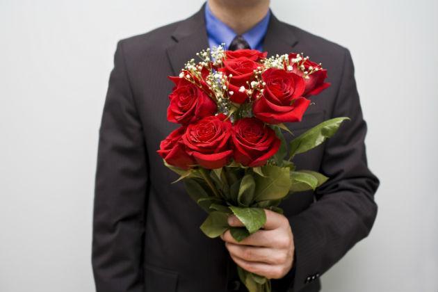 man-roses-main