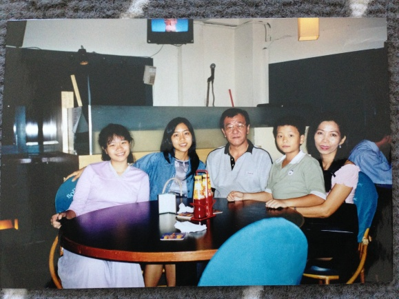 Family photo right before I left Malaysia for the US, about 11 years ago.
